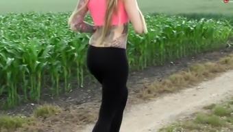 Joggen gefickt beim Beim Yoga